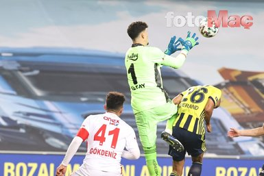 Son dakika spor haberi: Fenerbahçe-Antalyaspor maçında İrfan Can Kahveci ilk kez sahada! Taraftar...