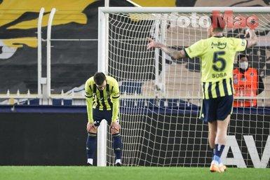 Son dakika spor haberi: Mesut Özil boş kaleye kaçırdı taraftar çıldırdı