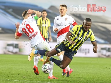 Son dakika spor haberi: Fenerbahçe-Antalyaspor maçında Erol Bulut çılgına döndü! İşte kare kare o anlar...