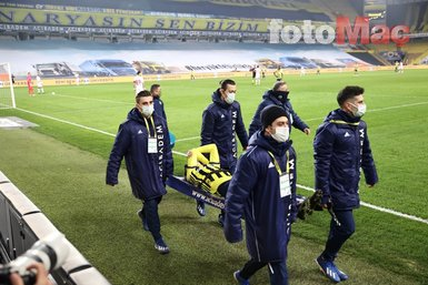 Son dakika spor haberi: Fenerbahçeli Mesut Özil'in sakatlandığı an yürekleri burktu